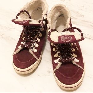 adidas | Women's Honey Hook Maroon/Chalk Sneakers
